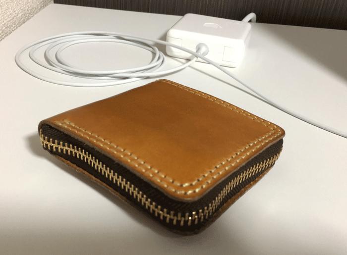 HERZ-二つ折りファスナー財布-レビュー-1